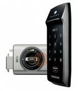 Fechadura Digital Samsung SHS-2320 Com Engate Lateral e Cartão  ou Senha Teclado Touch